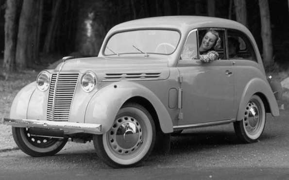 Renault Juvaquatres